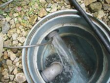 排水管高圧洗浄作業