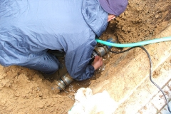 埋設給水管漏れ修繕
